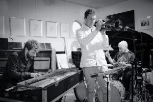 Ryan Carniaux – Mike Roloefs – Ra Kalam Bob Moses +++ Jazzmeile Thüringen @ Helmholtz-Hörsaal